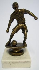 Jalkapallo patsas.